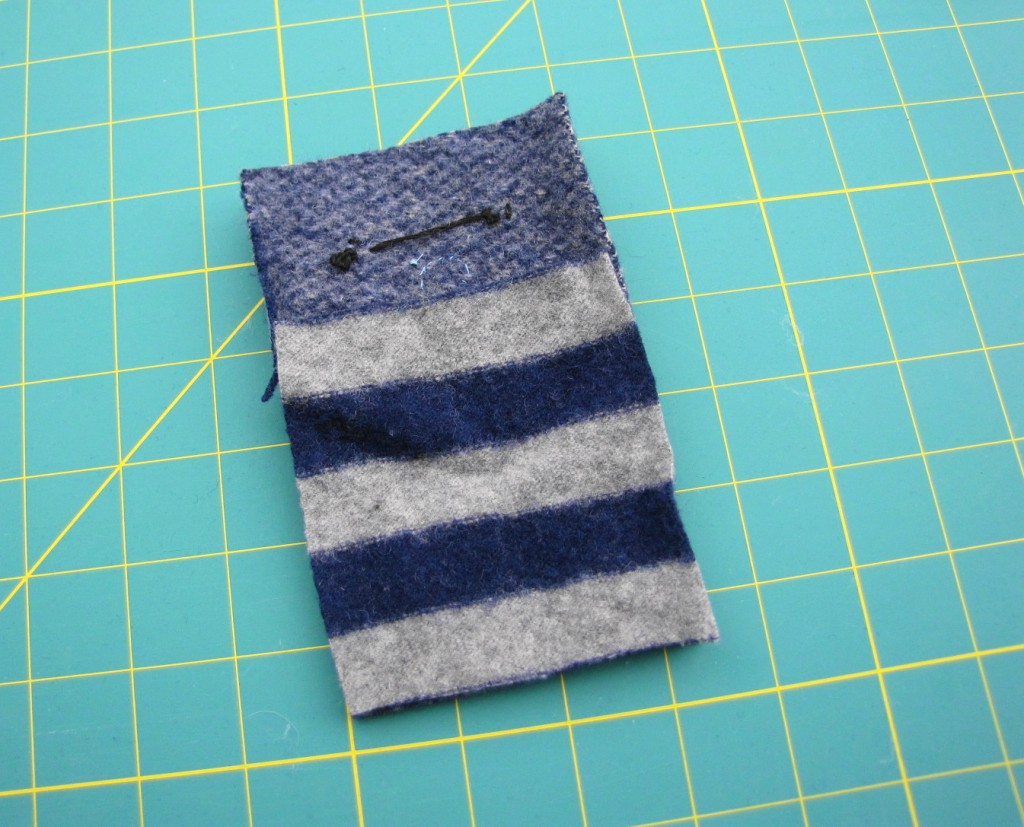 Animal iPod Cozy Tutorial